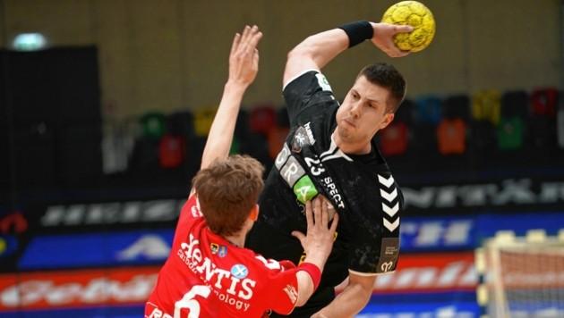 Die HSG Graz und Torjäger Belos (am Ball) bleiben auch in der kommenden Saison erstklassig. (Bild: Pail Sepp)