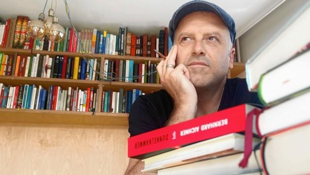 Bernhard Aichners Bücher werden verfilmt - bald traut er sich aber auch an ein neues Projekt heran. (Bild: Copyright © 2021, Hammann.)