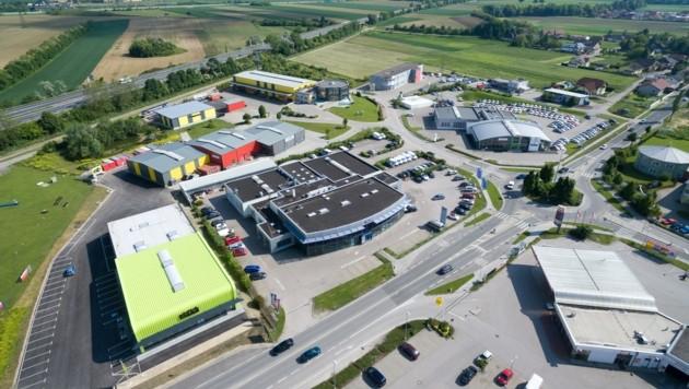 Das Betriebsgebiet in Ratzersdorf wächst weiter, Flächenreserven gibt es aber noch reichlich. (Bild: SEPAMedia)