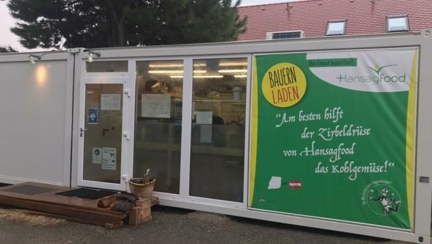 Die Hofladen-Container haben ab sofort Öffnungszeiten. (Bild: Charlotte Titz)