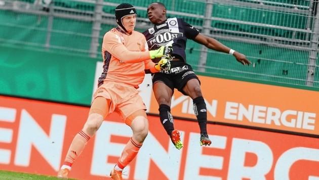 Strebinger gegen Yeboah: Der Aufreger schlechthin (Bild: Urbantschitsch Mario)