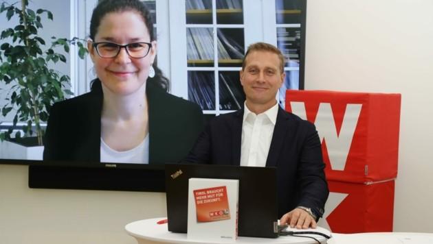 WK-Obmann Franz Jirka zog Bilanz. Die aus Wien zugeschaltete KMU-Forscherin Christina Enichlmair lieferte Zahlen. (Bild: Birbaumer Christof)