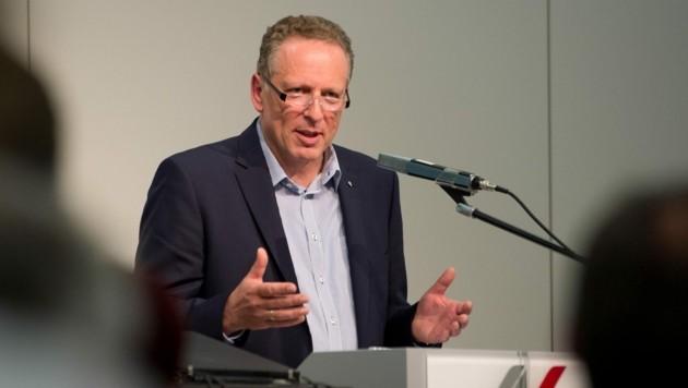 Hubert Hämmerle will die AK zu einem Vorbild in Sachen Klimaschutz machen (Bild: DIETMAR STIPLOVSEK)