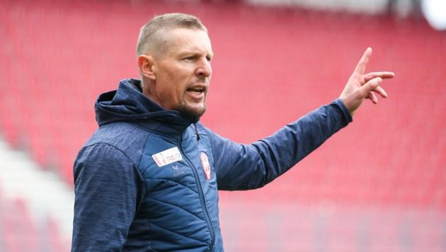 Gernot Plassnegger bleibt weitere zwei Jahre Trainer des GAK (Bild: GEPA )