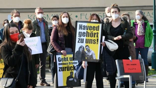 """""""Wir haben Platz"""", so die Aktivisten. (Bild: Huber Patrick)"""