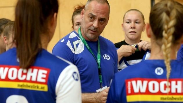 War zwei Saisonen lang Coach der Ferlach-Girls: Der Slowene Alen Mihalj. (Bild: Kuess)
