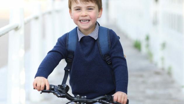 Prinz Louis hat doppelten Grund zur Freude: Der Sohn von William und Kate feiert nicht nur seinen 3. Geburtstag, sondern darf auch endlich in den Kindergarten. (Bild: Duke and Duchess of Cambridge/AFP)