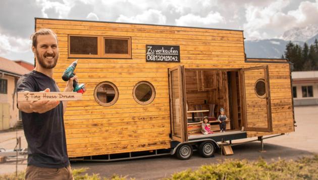 Wieland Kraus will sein erstes selbst gebautes Minihaus verkaufen. Es steht in Greifenburg. (Bild: Wieland Kraus)