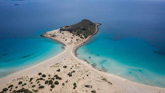Simos-Beach ist der Hauptanziehungspunkt auf der griechischen Insel Elafonisos. (Bild: ARIS MESSINIS)