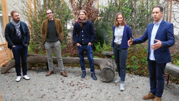 Das Breathe Earth Collective: Karlheinz Boiger, Bernhard König, Markus Jeschaunig, Lisa Maria Enzenhofer, Andreas Goritschnig (v. li.) (Bild: Christian Jauschowetz)