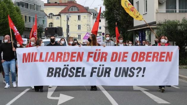 In etwa 600 Personen demonstrierten am 1. Mai. (Bild: Sarah Pansy)