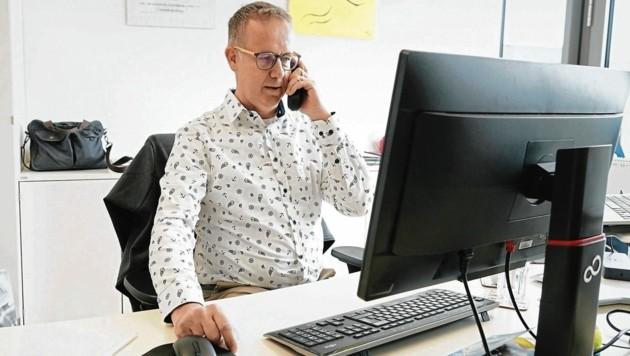 Thomas Nußgruber verbrachte zuletzt viel Zeit am Telefon. (Bild: Sepp Pail)
