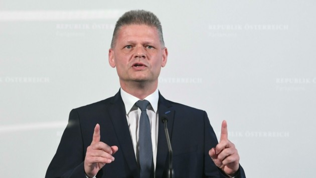ÖVP-Abgeordneter Hanger hat zuletzt immer wieder Vorwürfe gegen die Staatsanwaltschaft vorgebracht. (Bild: APA/HELMUT FOHRINGER)