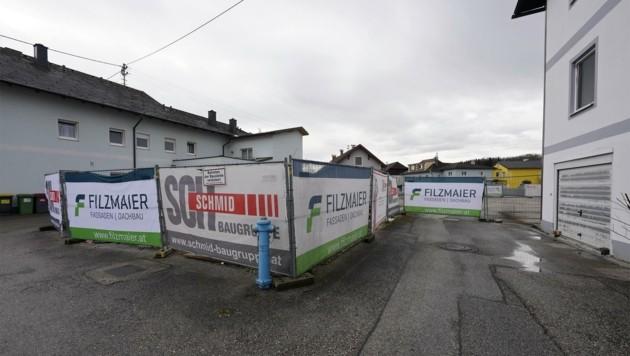 Der Verkauf dieses Grundstücks wirbelt weiter viel Staub auf (Bild: Wenzel Gerhard)