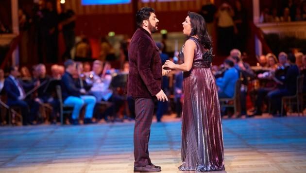 Keine Zeit für Salzburg: Das Star-Ehepaar Anna Netrebko und Yusif Eyvazov ist im Herbst schon an der Wiener Staatsoper verplant. (Bild: Starpix/ Alexander TUMA)