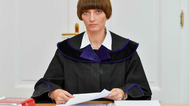 Richterin Andrea Haidvogl sprach den Angeklagten in allen Anklagepunkten schuldig (Bild: © Harald Dostal)