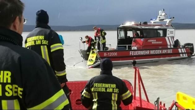 Der vermisste Kite-Surfer konnte geborgen werden (Bild: Feuerwehr Neusiedl am See)