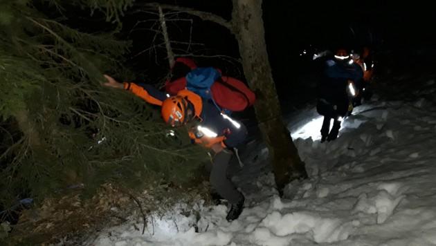 Die beiden Studierenden konnten mit Unterstützung der Bergrettung ins Tal absteigen. (Bild: Bergrettung, Reindl /Haas)