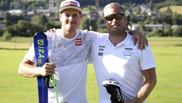 Christopher Neumayer (li.) mit Bruder Bernard, einem Golf-Pro, mit dem er aktuell auch einige Rennrad-Touren zum Grundlagentraining unternimmt. (Bild: Tröster Andreas)