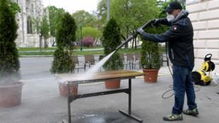 Die Schanigärten Österreichs kommen bald wieder zum Einsatz. (Bild: APA/ROLAND SCHLAGER)