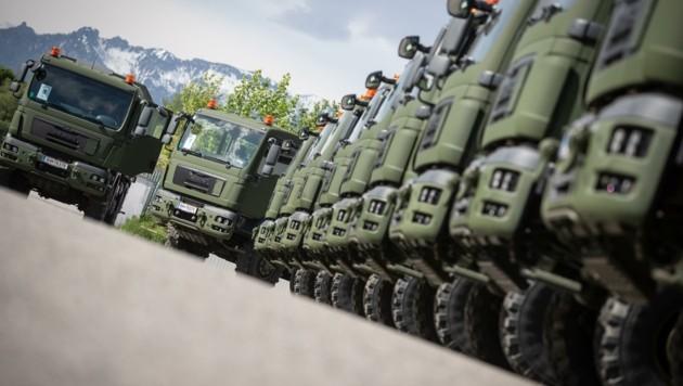Das gesamte Beschaffungsvolumen für die Lkw und die dazugehörigen Wechselaufbauten beträgt circa 52 Millionen Euro. (Bild: Bundesheer/Daniel TRIPPOLT)