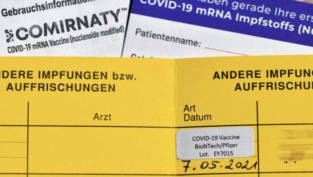 Der weiße Impfbescheid ist als Bestätigung in Kärnten ausreichend. Wer will, kann sich aber den Erhalt der Impfung im gelben Impfpass beim Hausarzt nachtragen lassen, oder an der Impfstraße einen neuen anfordern. (Bild: Wolfgang Spitzbart)