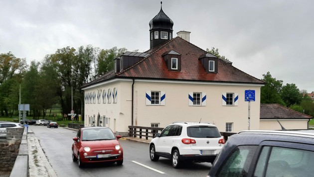 Auch der kleine Grenzverkehr zwischen Bayern und Österreich ist bereits wieder möglich. (Bild: APA/ULRIKE INNTHALER)