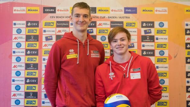 Startklar: Der Dornbirner Theo Reiter (r.) und sein 1,94 m großer Partner aus Niederösterreich Timo Hammarberg. (Bild: © Rainer Mirau)