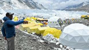 Sherpa Kami Rita Sherpa im Base Camp (Bild: Prakash MATHEMA / AFP)