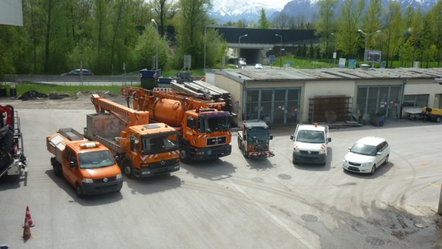 Altfahrzeuge am Bauhof (Bild: Stadt Salzburg/C. Göschl)