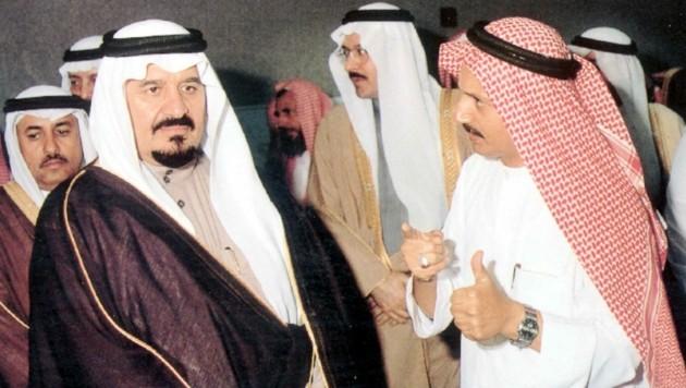Bakr bin Laden (r.) im Jahr 2000 (Bild: AFP)