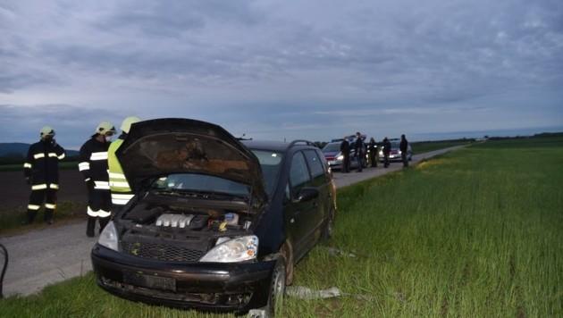 Auf einem Feldweg kam das Auto zum Stehen. (Bild: Monatsrevue/Lenger Thomas)