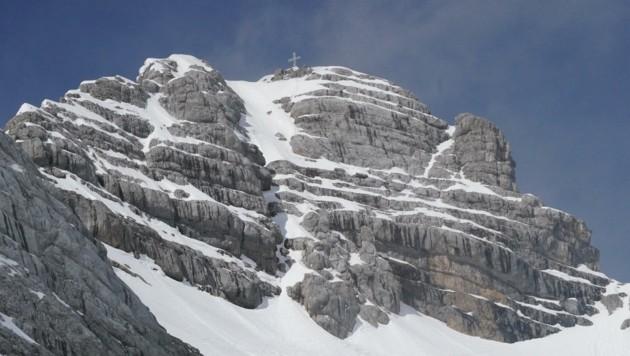 Am Dachstein liegen die Frühlingsgefühle dick verpackt unter einer sechs Meter dicken Schneedecke. (Bild: Pail Sepp)