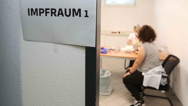 Der Turbo hat gezündet: Rund 20.000 Impfungen werden derzeit täglich in Niederösterreich durchgeführt. (Bild: Judt Reinhard)