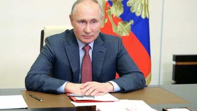 """Die USA und Tschechien stehen jetzt auf Russlands Liste """"unfreundlicher Staaten"""". Die Initiative geht auf Präsident Wladimir Putin zurück. (Bild: AFP)"""