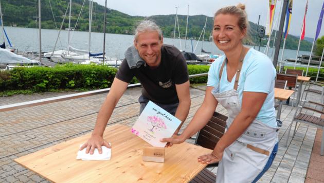 Im see. gast.haus bereiten Jessica Hauser und Markus Hammerschlag alles vor. (Bild: Uta Rojsek-Wiedergut)