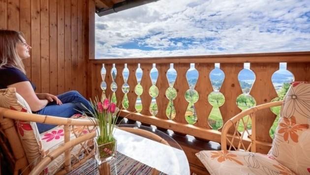 Familie Klocker bietet am Lacknerhof in Sörg bei Liebenfels Gästen insgesamt fünf gemütliche Ferienwohnungen mit 19 Betten an. (Bild: Achim Mandler)