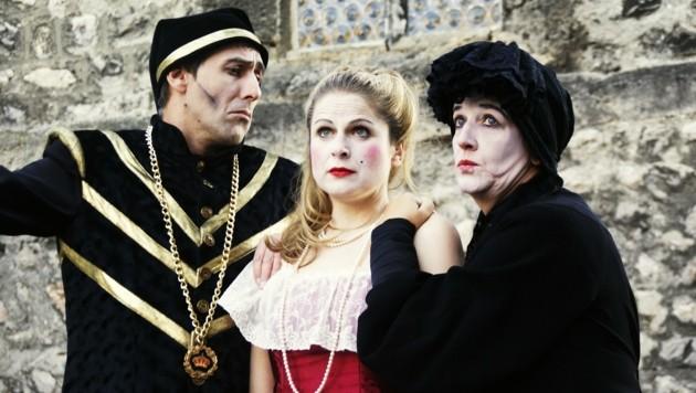 Monsieur und Madame de Sotenville mit bedauernswerter Tochter Angélique. (Bild: Kerstin Hruza)