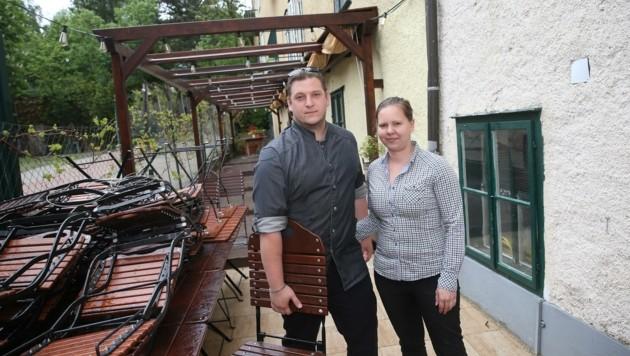 Wirtin Stephanie Pache und Lebensgefährte Daniel Fischer. (Bild: Tomschi Peter)