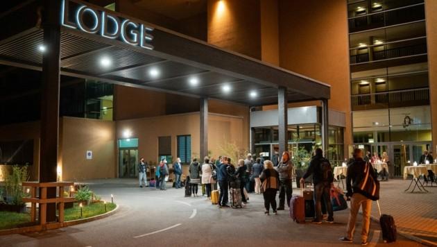 Zahlreiche Gäste wollten bereits um Mitternacht einchecken. (Bild: St. Martins Therme und Lodge)