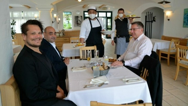 Auch die Gäste beim Seewirt Karner in Podersdorf freuten sich über das Wirtshausfeeling. (Bild: Charlotte Titz)