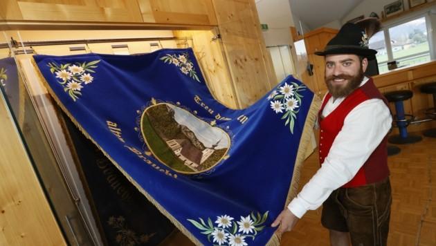 Auch Christian Hager ist froh, dass endlich wieder Leben ins Oberalmer Vereinshaus zurückkehrt. (Bild: Tschepp Markus)