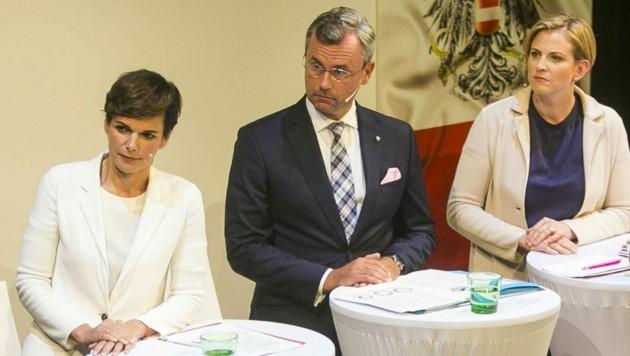 Die Chefs der drei Oppositionsparteien: Pamela Rendi-Wagner (SPÖ), Norbert Hofer (FPÖ) und Beate Meinl-Reisinger (NEOS) (Bild: APA/SN/Wildbild/Herbert Rohrer)