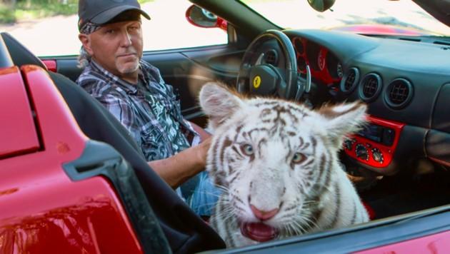 """Jeffrey Lowe ist einer der Stars der """"Netflix""""-Serie """"Tiger King"""". (Bild: Netflix)"""
