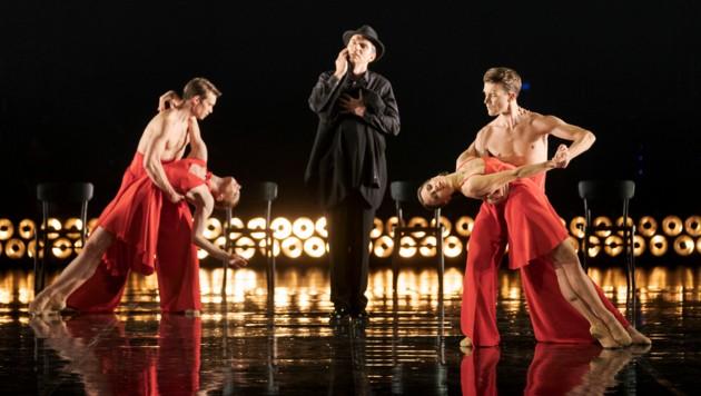 """Sänger Ivan Oreščanin und das Ballettensemble der Oper Graz in """"Tan(z)Go!"""". (Bild: Werner Kmetitsch)"""