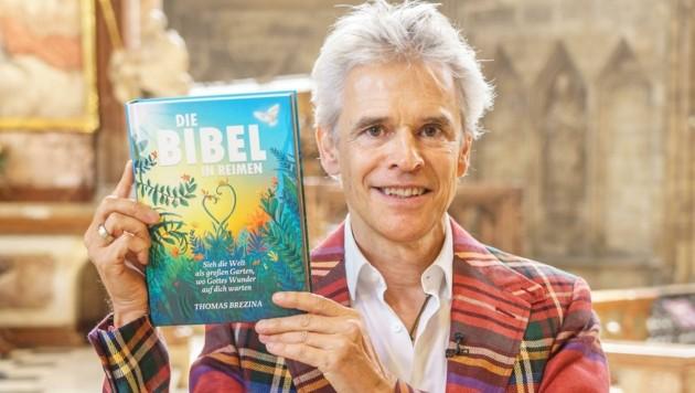 """Thomas Brezina hat die """"Bibel in Reimen"""" verfasst. (Bild: Vienna Press / Andreas TISCHLER)"""