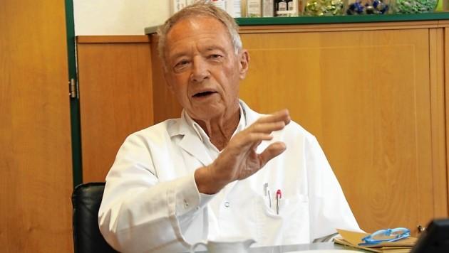 """Pharmonta-Chef Gernot Fischer im """"Krone""""-Gespräch. Sein Großvater war k. u. k.-Arzt beim Attentat in Sarajevo (Bild: Christian Jauschowetz)"""