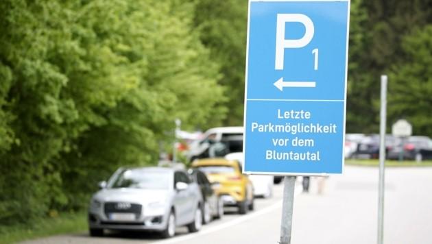 Park-Schwierigkeiten im Bluntatal (Bild: Tröster Andreas)