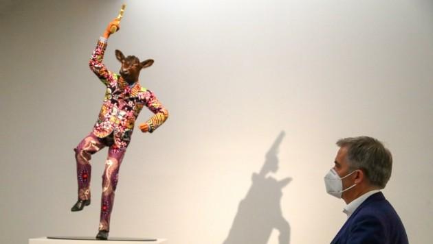 """Yinka Shonibares Markenzeichen: """"Afrikanische"""" Stoff-Farben. (Bild: Tröster Andreas)"""