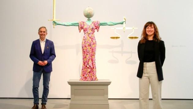 Kuratoren-Duo der Ausstellung: Thorsten Sadowsky, Marijana Schneider. (Bild: Tröster Andreas)